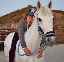 Equipassion- Equinoterapia y actividades con caballos