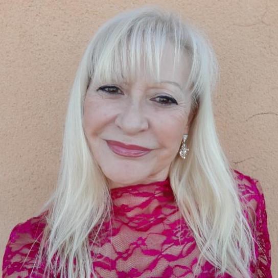 Julieta Sanper - Asesora de Imagen y Personal Shopper
